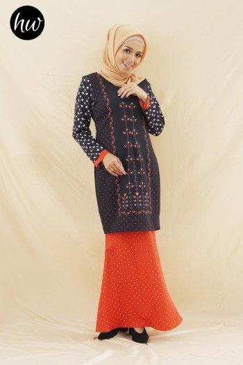 OPHILIA KURUNG IN BLACK AND ORANGE