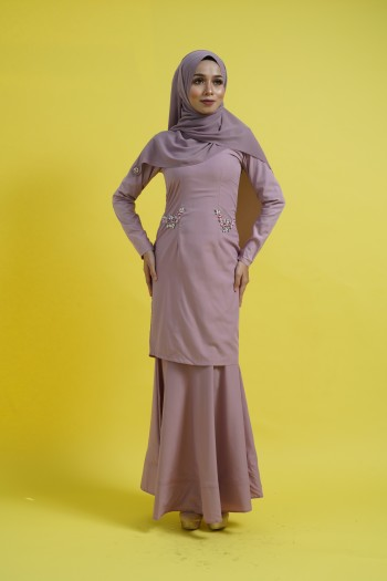 BAJU RAYA 2020 KURUNG KAREENA IN DUSTY PINK
