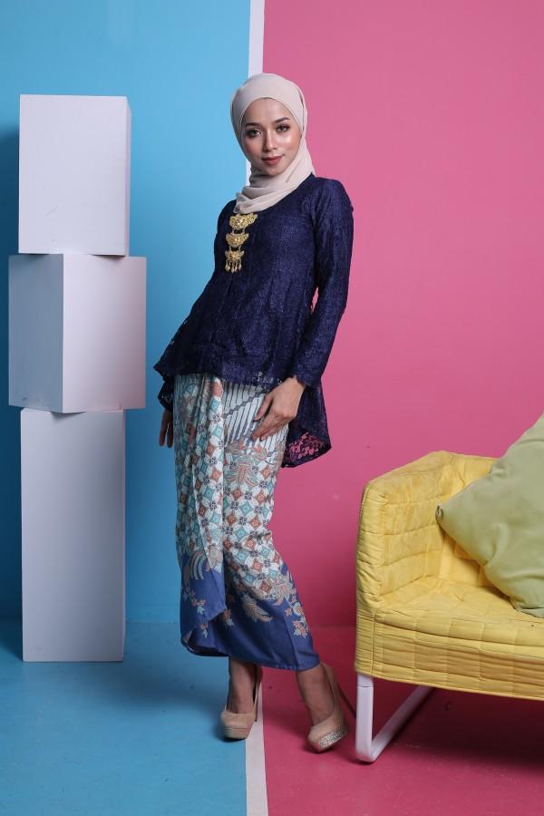 Kebaya Fishtail Lace in Navy Blue (1 set with pario) - Haura Wear
