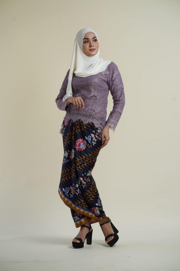 Fishtail Lace Lavendar (tops only) - Haura Wear