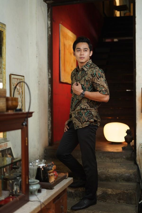 Kemeja Batik Man - Haura Wear