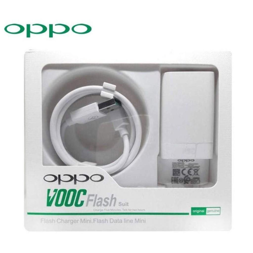 Adaptor+USB OPPO AK779 VOOC Flash Suit Putih 21000263