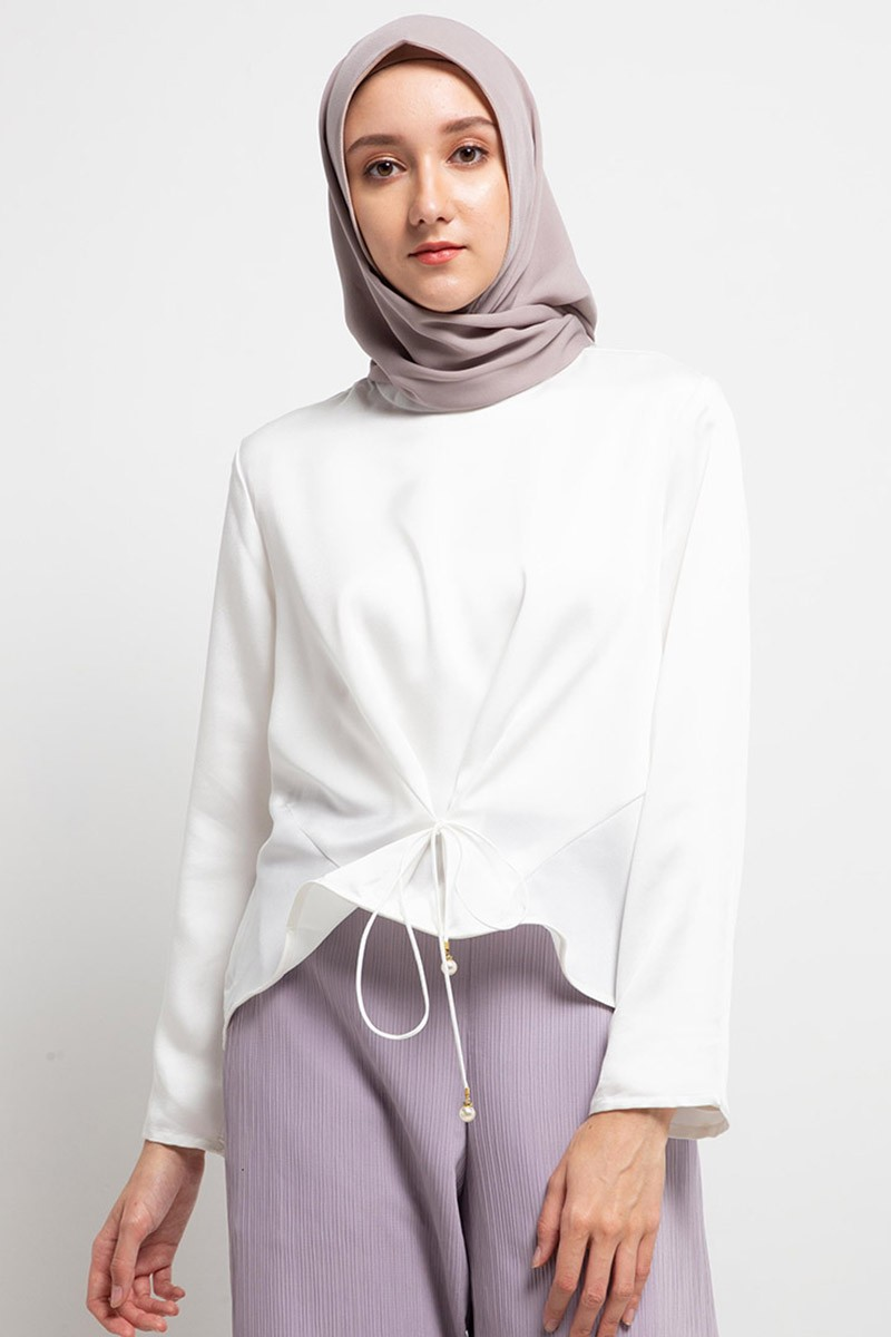 Kelsia Blouse Plain 0551 0619 S.White