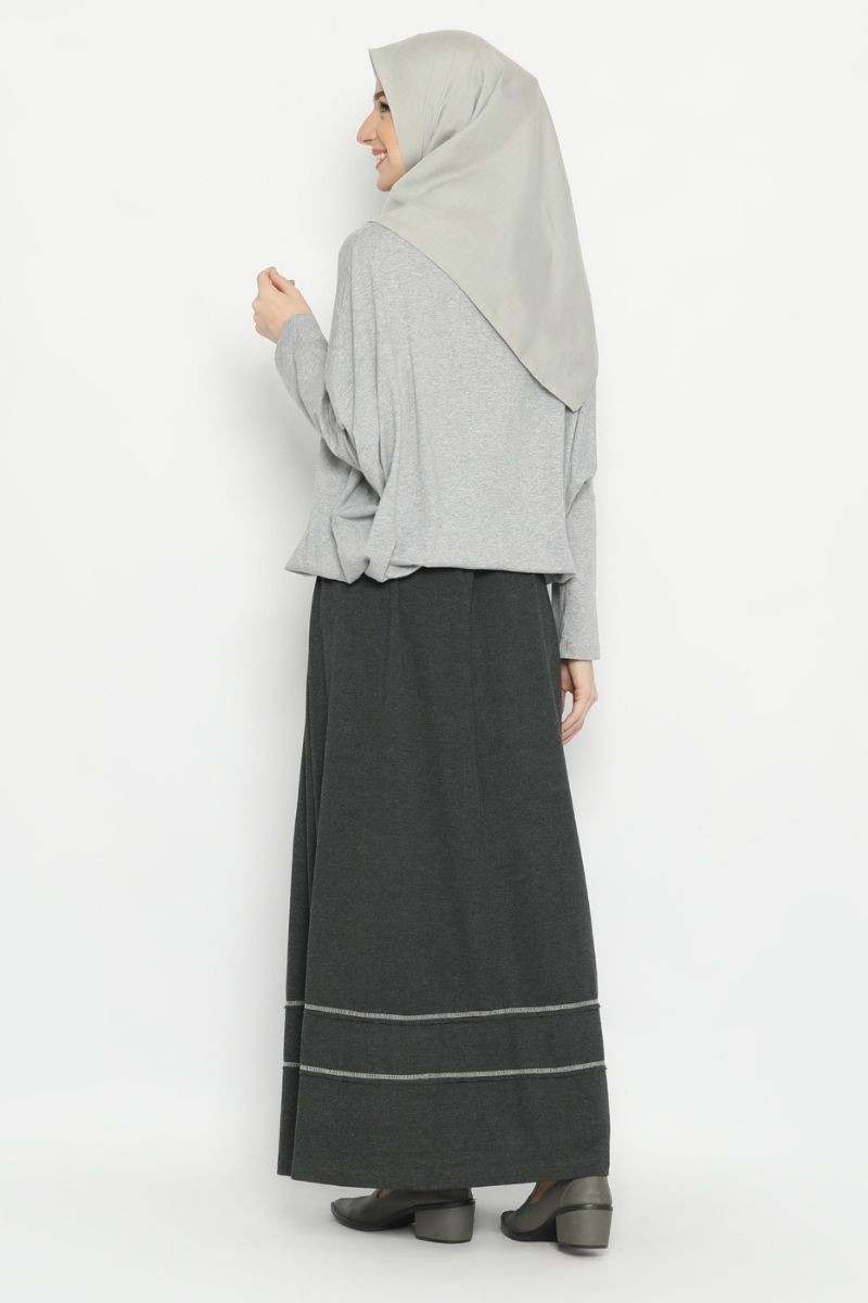 One set Lanai & Patagonia skirt Grey