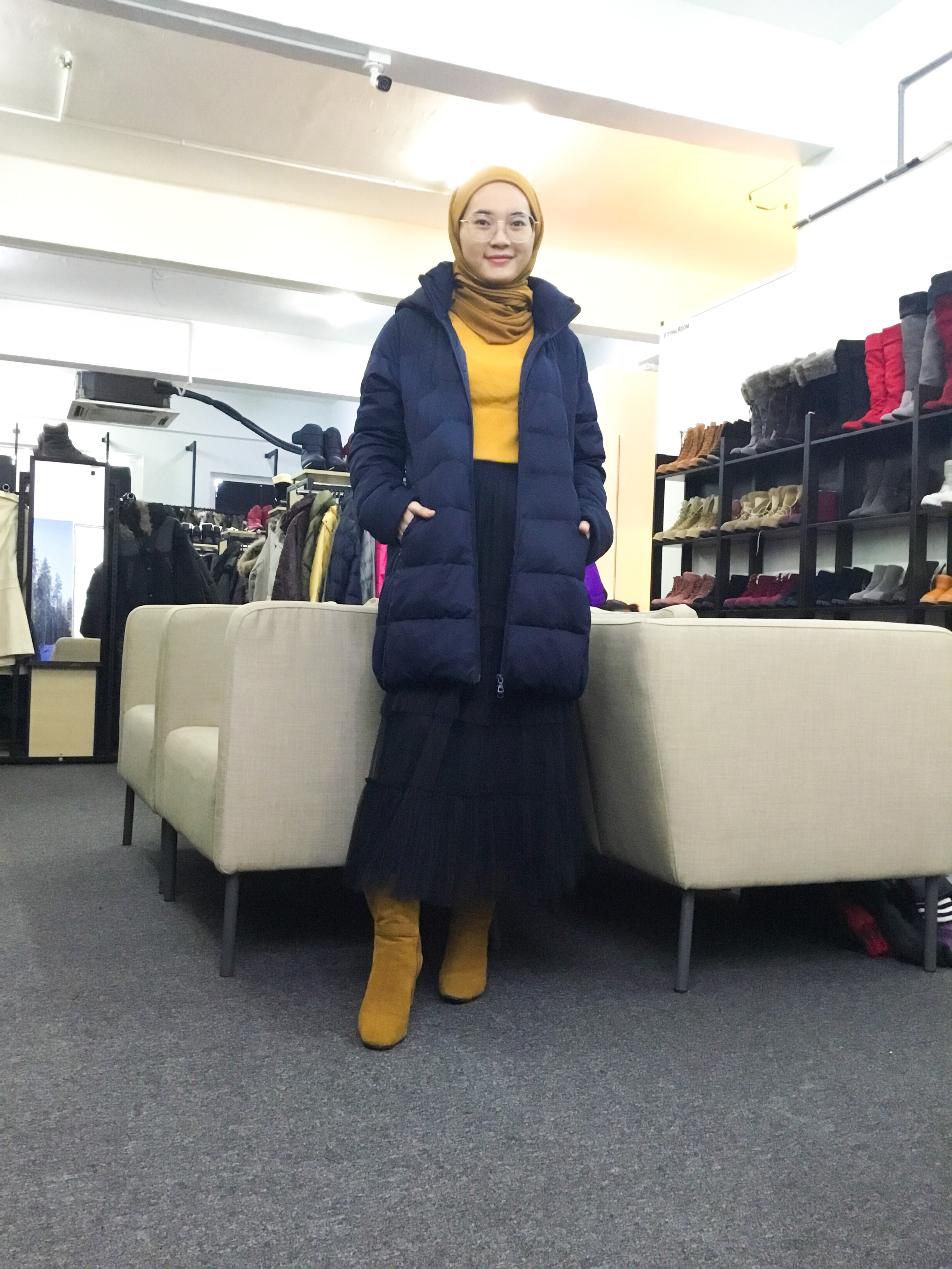 BP6676 UNIQLO DARK BLUE DOWN JACKET