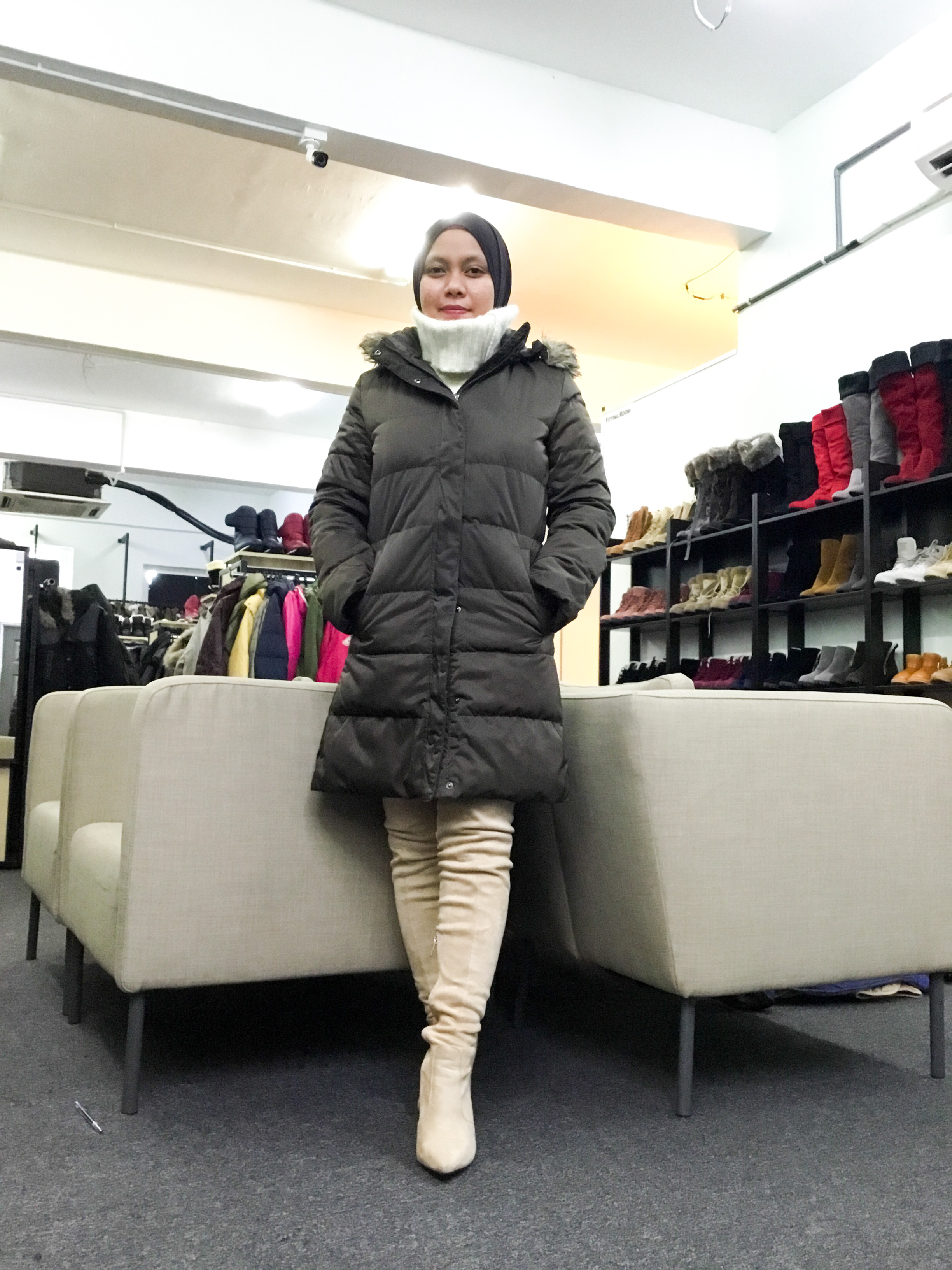 BP6707 UNIQLO BROWN DOWN JACKET