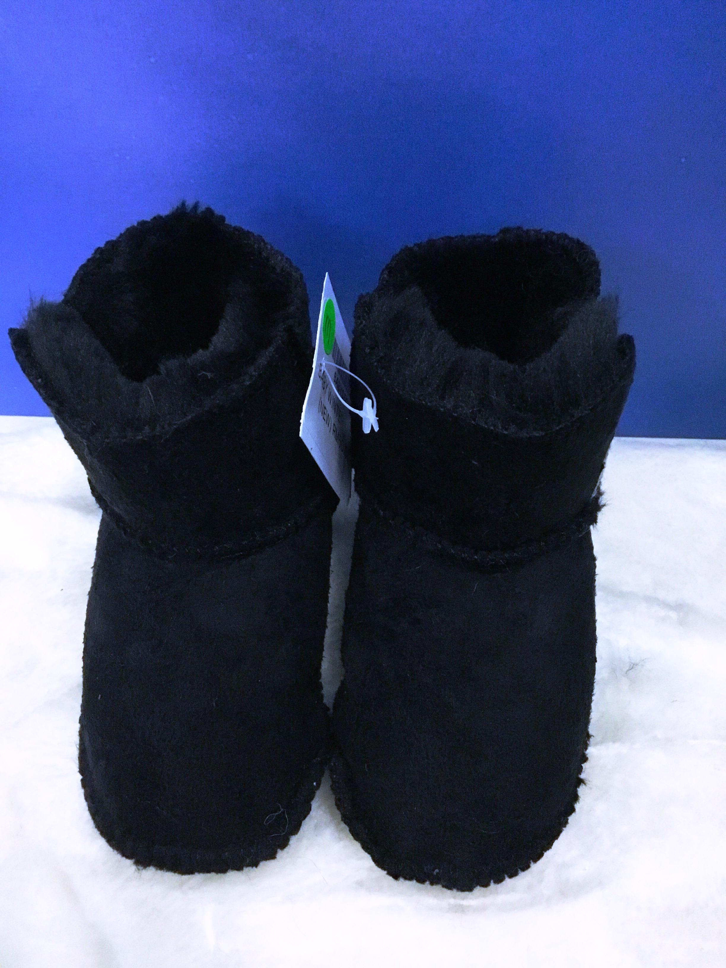 BABY WINTER SHOES ( BRAND NEW)