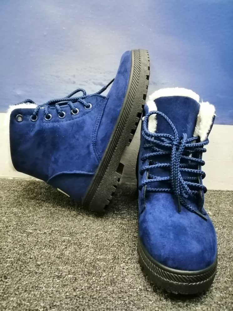 NAVY BLUE WINTER SHOES WITH PLUSH
