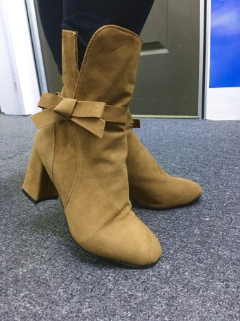 HIGH HEELS BOOTS WITH FLEECE SOLE (NEW)