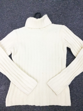 BP6918 UNIQLO KNITWEAR