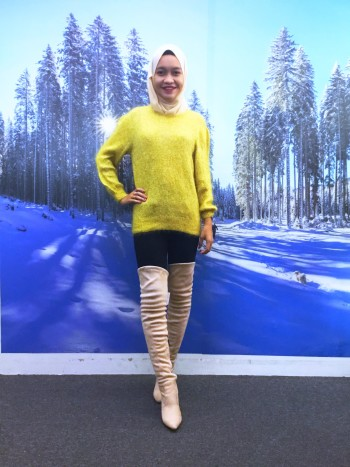 Bp5412 YELLOW KNITTED SWEATER