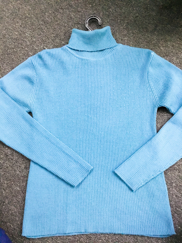 BP6856  DAY AND DAY BLUE KNITWEAR  - Bundle Preloved