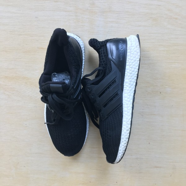 ADIDAS ULTRA BOOST - Bundle Preloved
