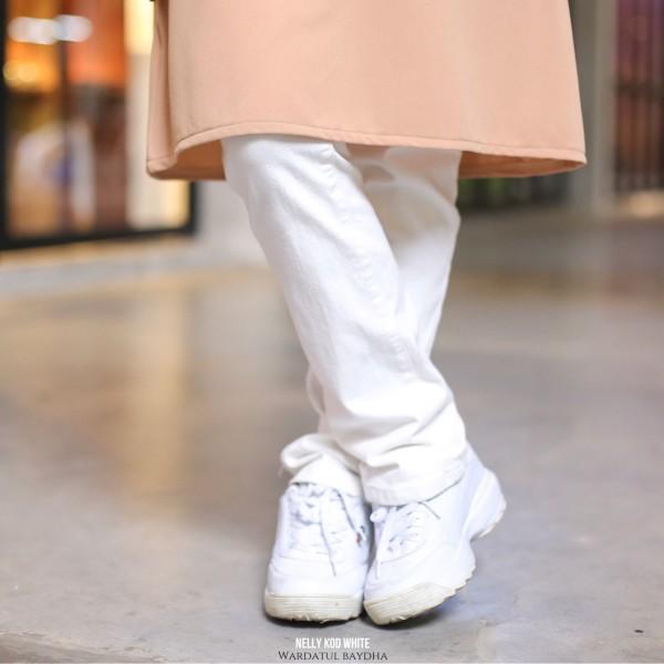 NELLY STRAIGHT CUT  PANTS AS-IS - Wardatul Baydha Hijab