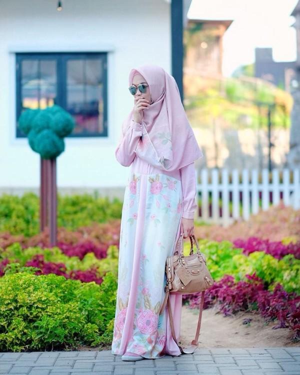 ROSELALE DRESS IN PINK - GDa'S by Ghaida Tsurayya