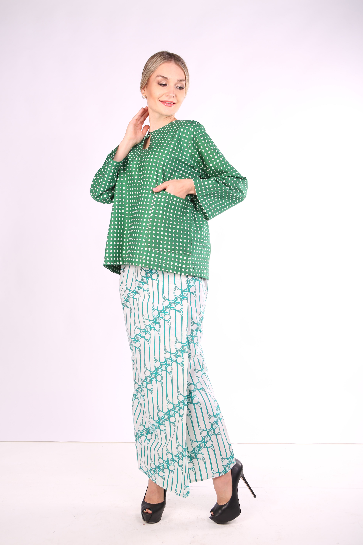 Kurung Kedah Full Batik Mak Cun (Hijau PolkaDot)