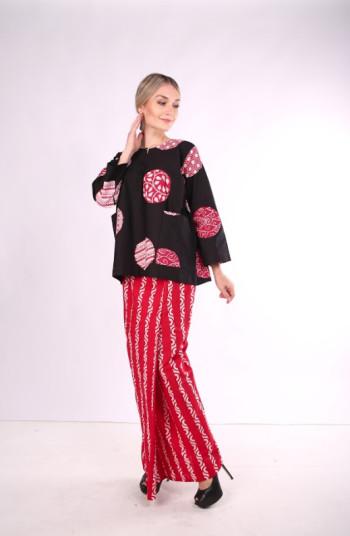 Kurung Kedah Full Batik Mak Cun (Red & Black)