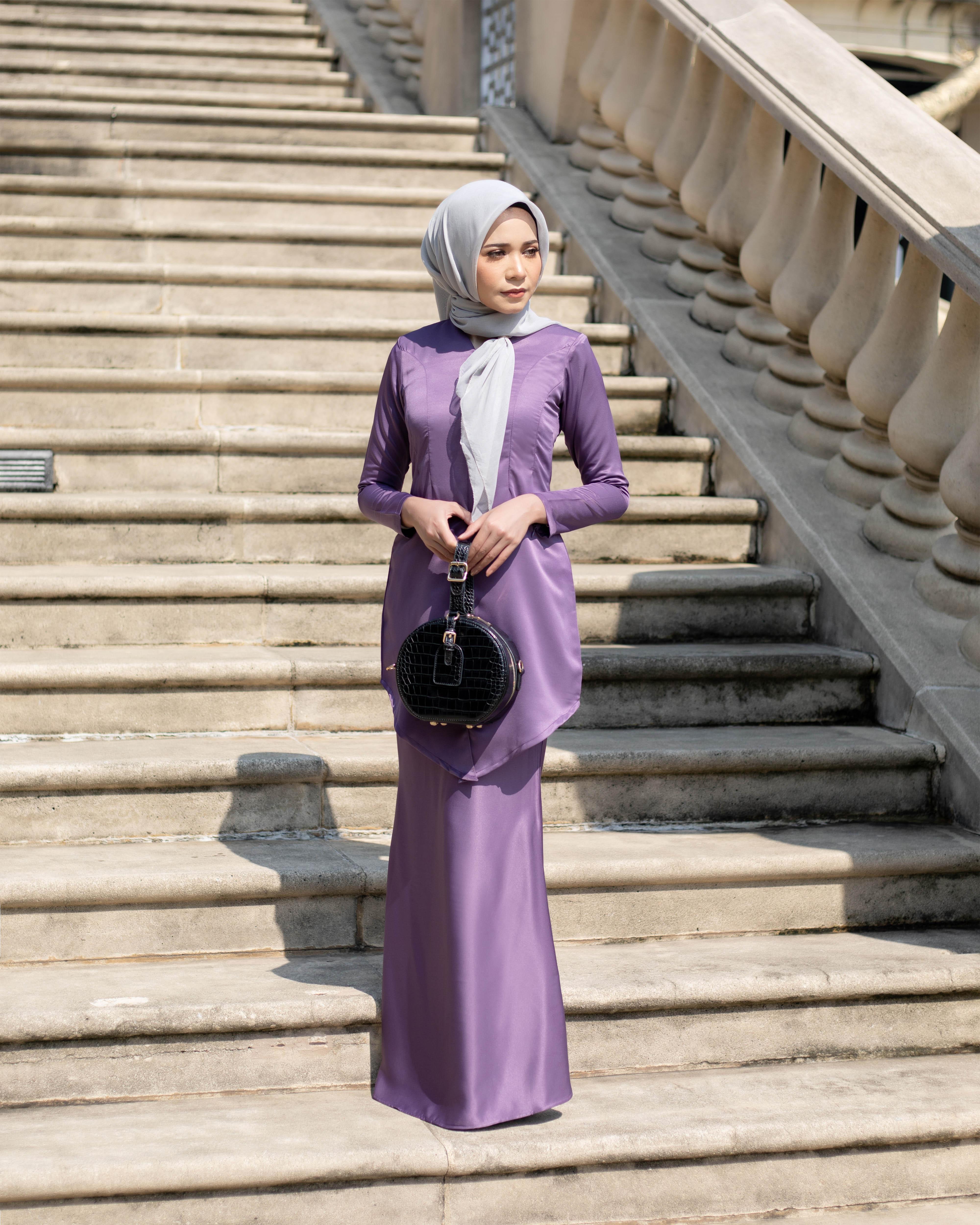 Fateema Kebaya - Jam Purple