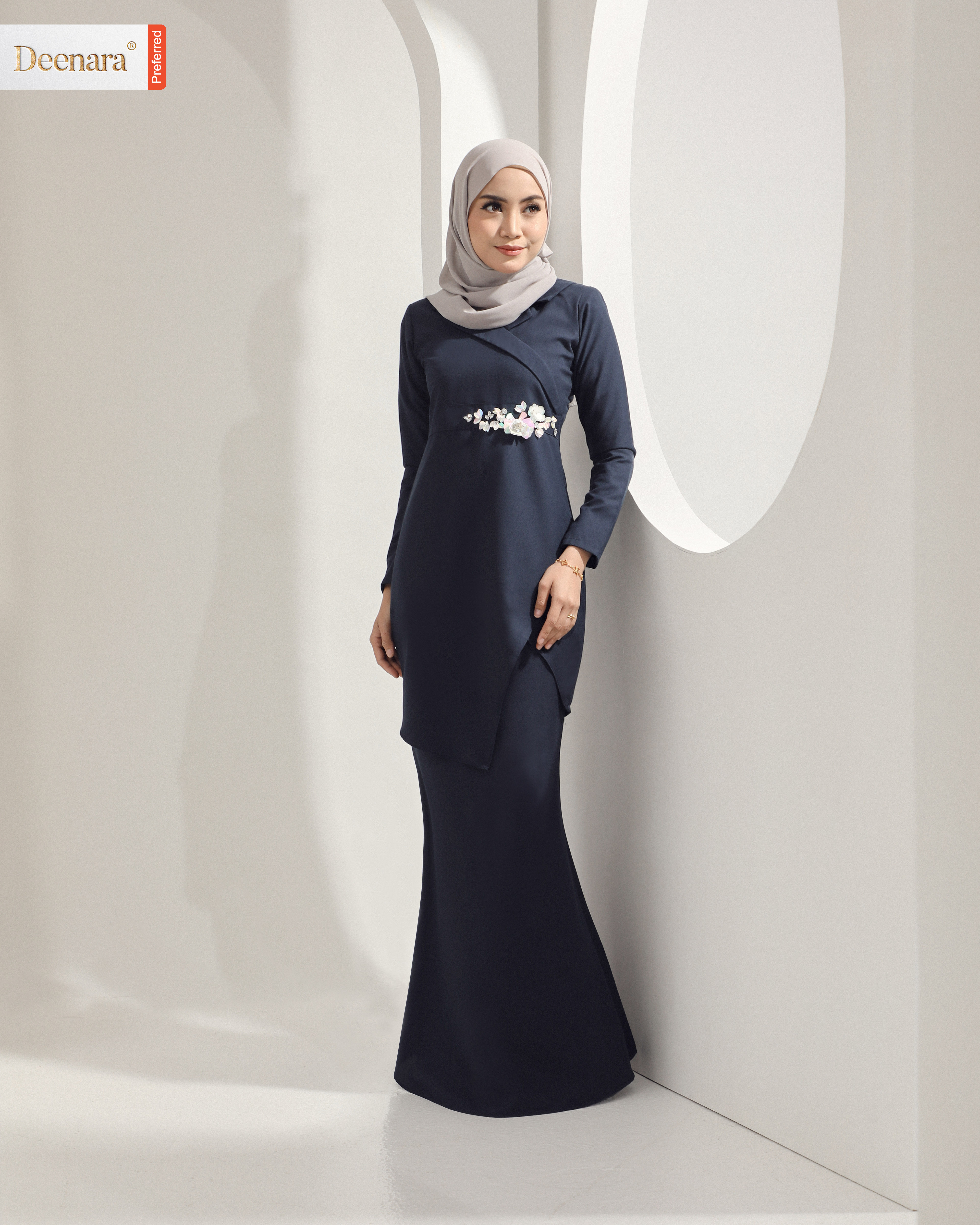 Meralyna Luxe - Navy Blue
