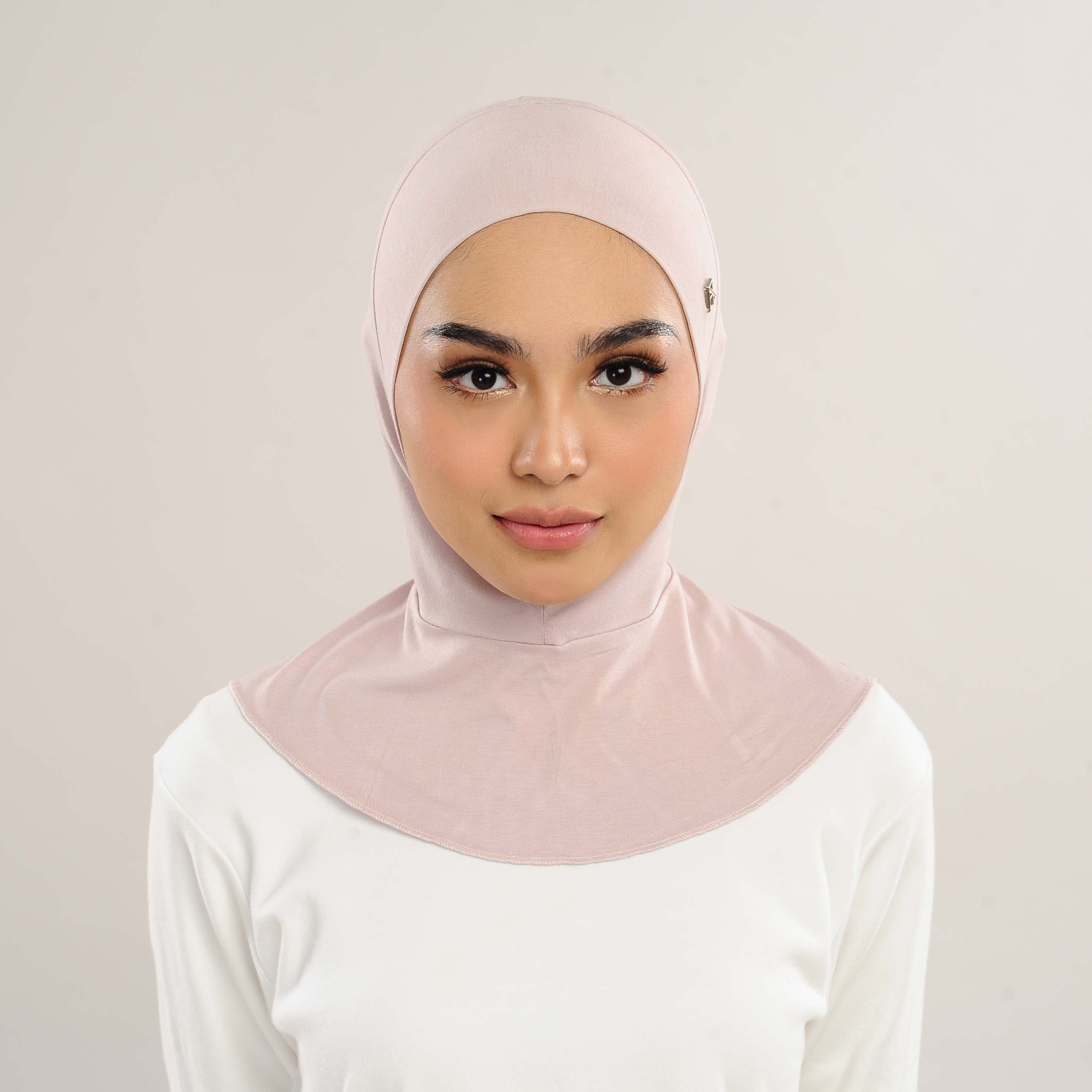AZ Ferra Neck Covered Inner Crepe