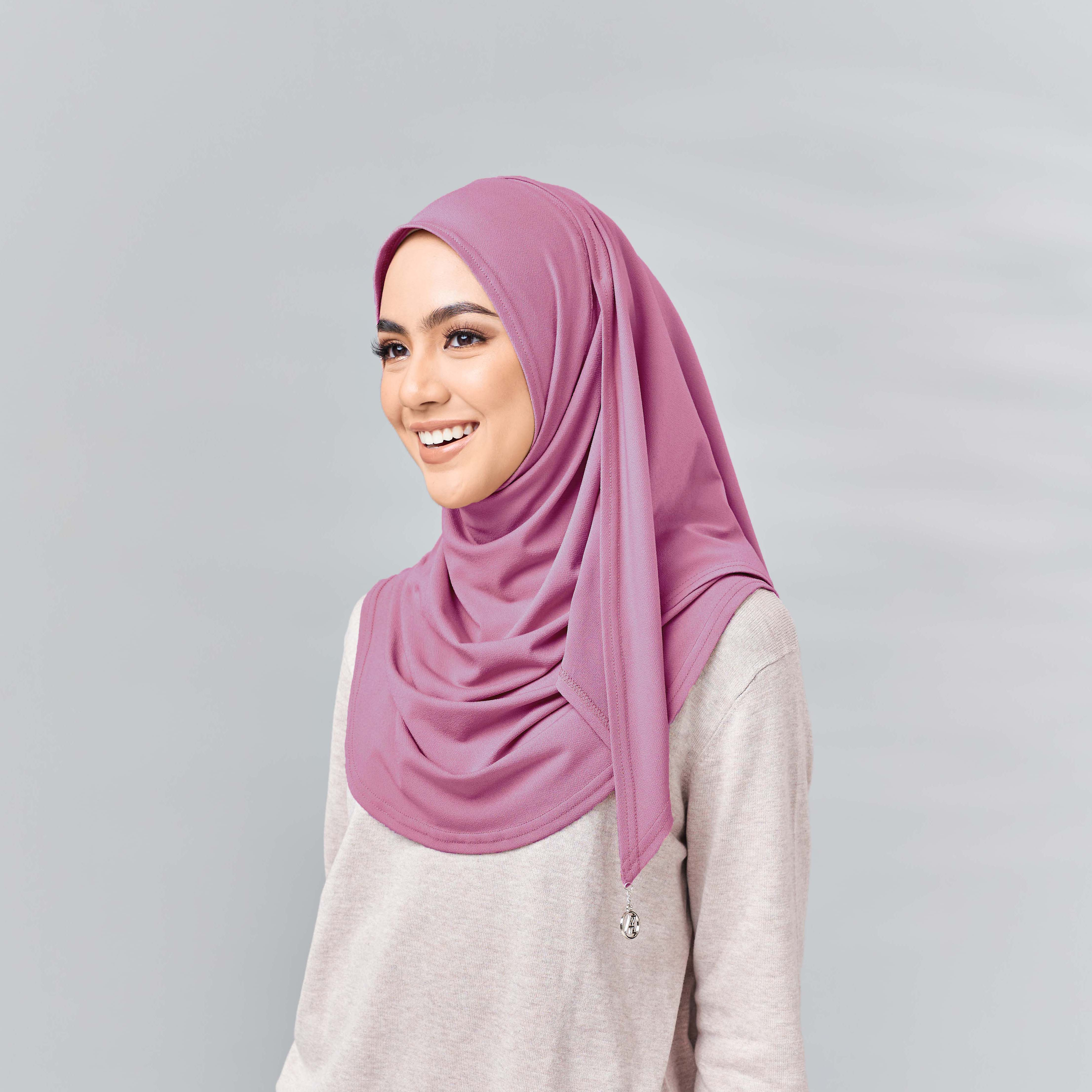Lisaa Ultra Comfort Scarf Deep Pink
