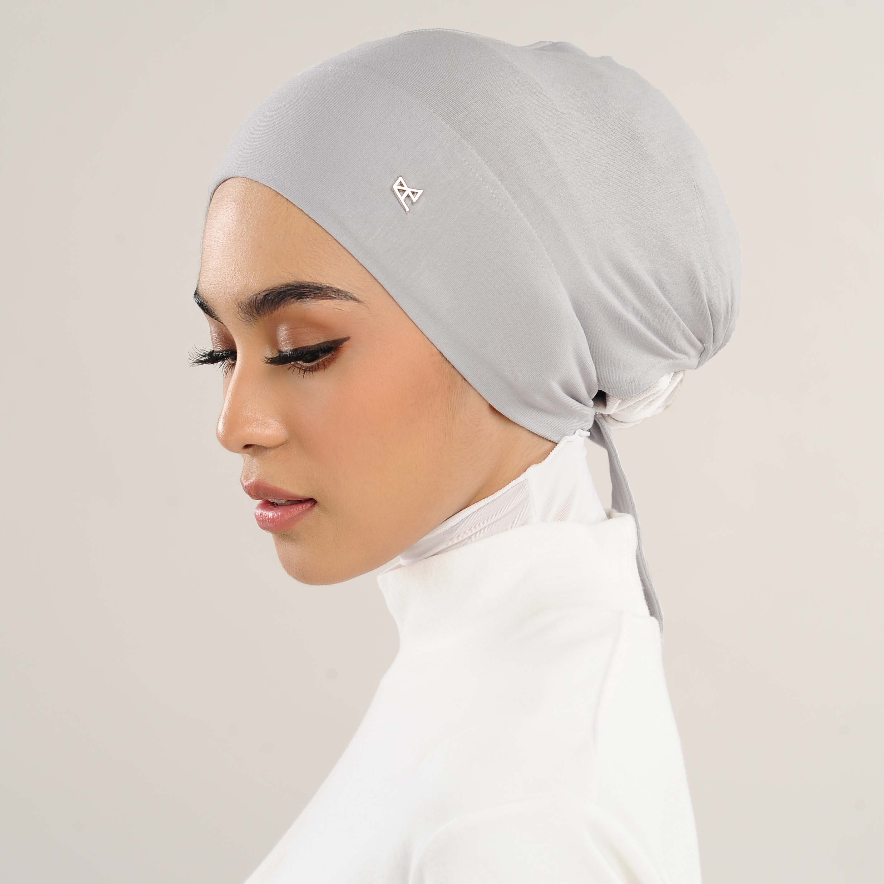 AZ Mya Tieback Snowcap Inner Light Grey
