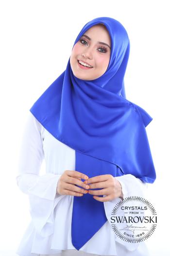 Sefiaa in Electric Blue