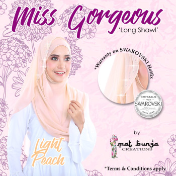 Miss Gorgeous in Light Peach