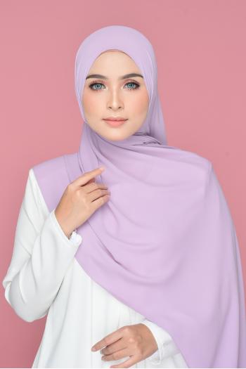 Isabel in Lavender
