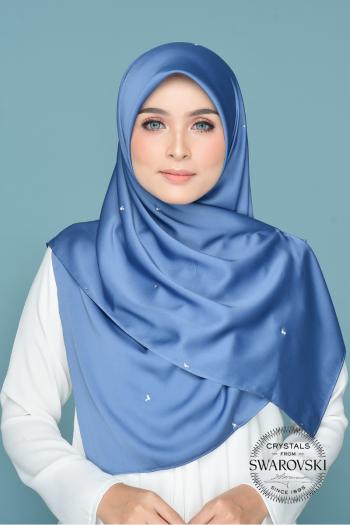 Nissa in Mystery Blue