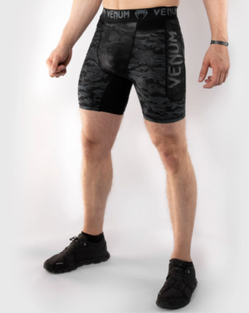 VENUM DEFENDER COMPRESSION SHORT - DARK CAMO