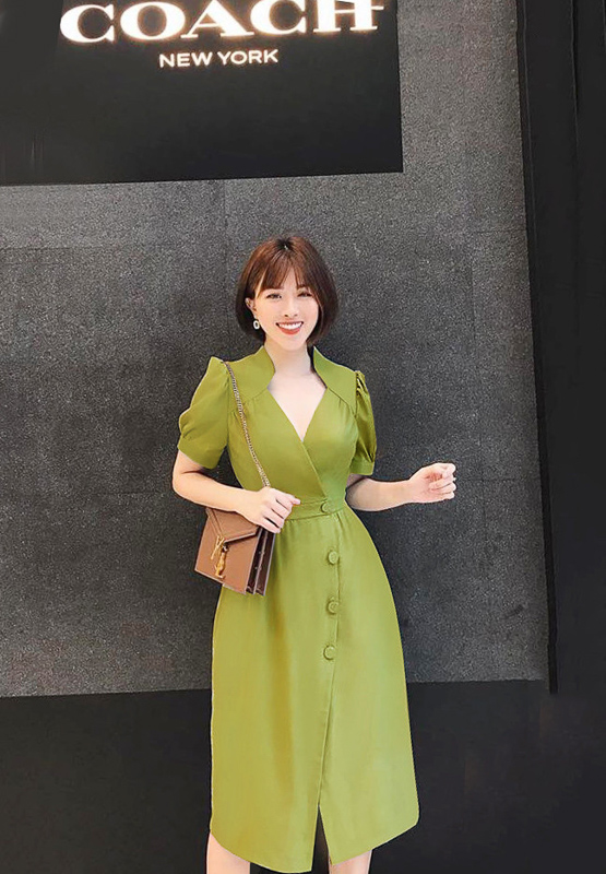 Green Elegant Collar Dress