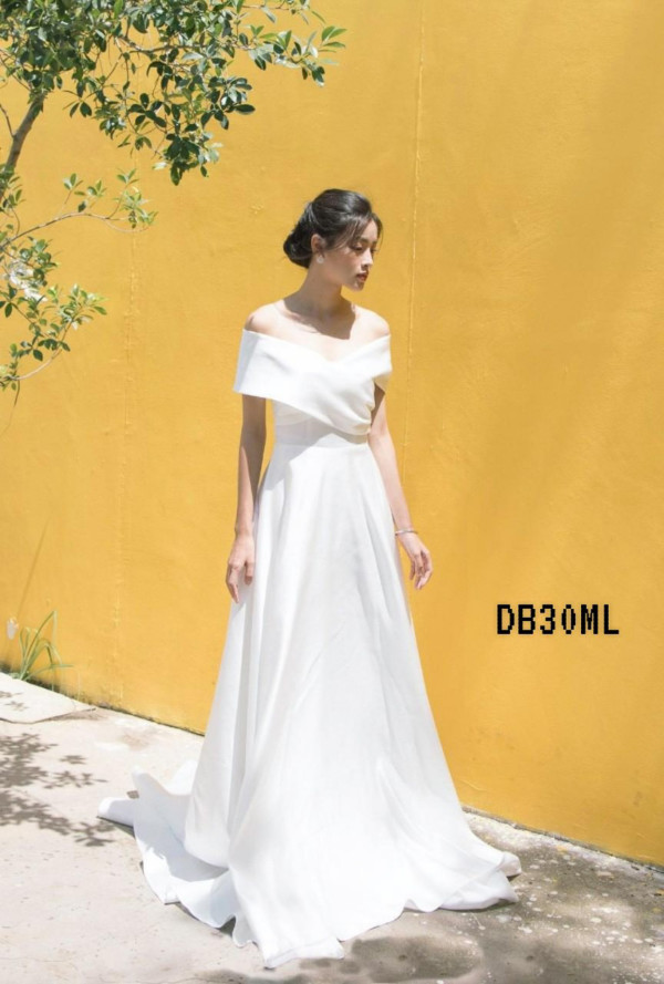 [PRE-ORDER] Brescia Dress in White - HerSpace Closet