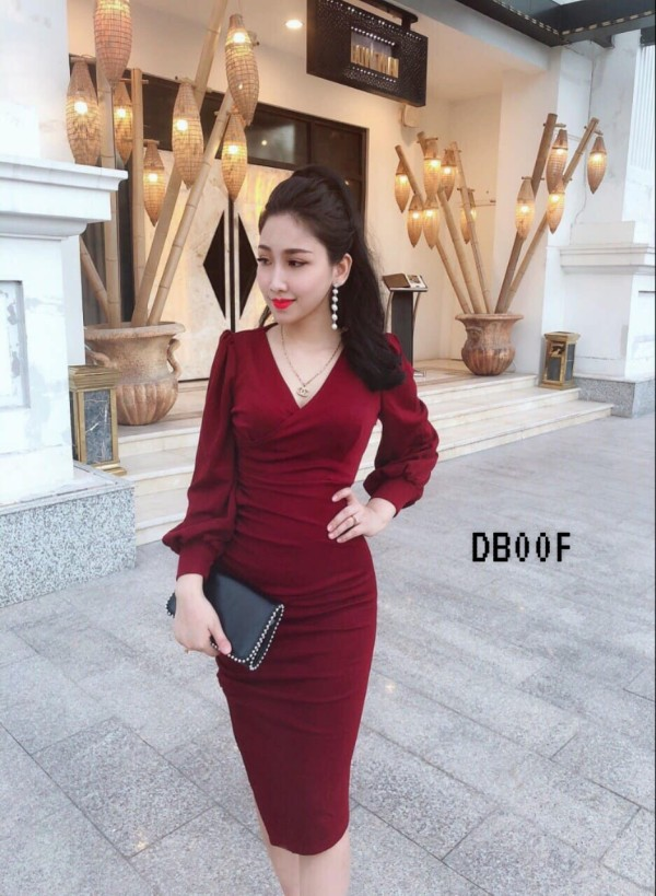 Red V-Neck Long Sleeve Bodycon Dress - HerSpace Closet