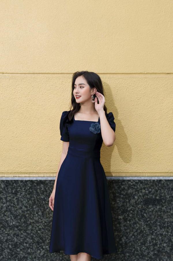 [PRE-ORDER] Riana Midi Dress in Dark Blue - HerSpace Closet