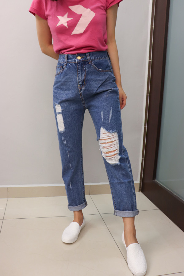 Straight Cut Jeans (Baggy) - HerSpace Closet