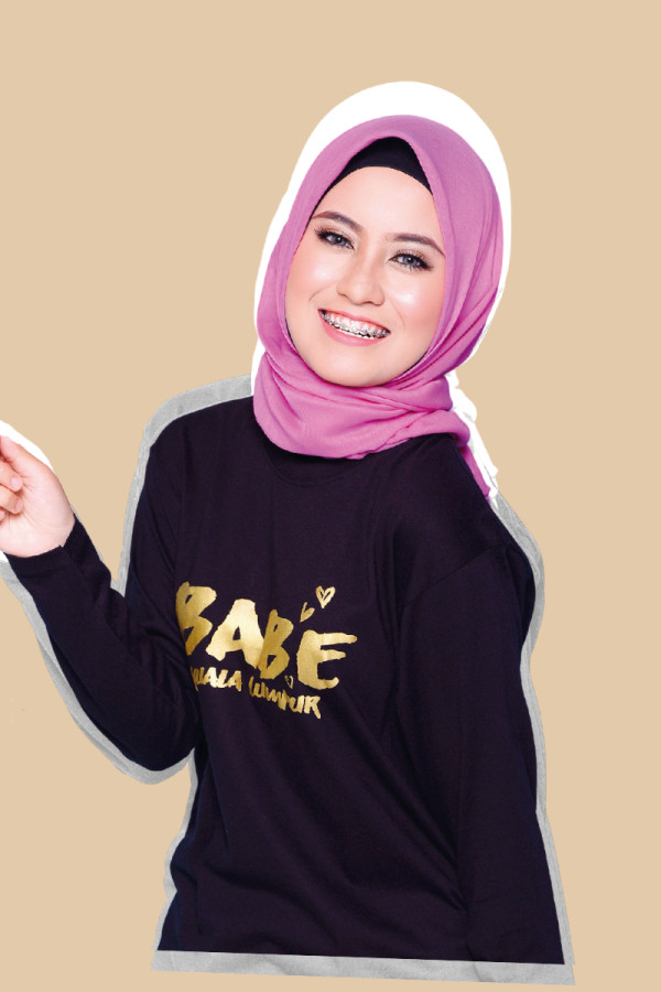 BABE COLLECTION - Long Sleeve Tshirt - Gold Font  - MEKNIS