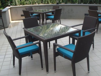 HAWAII GLASSTOP TABLE L90