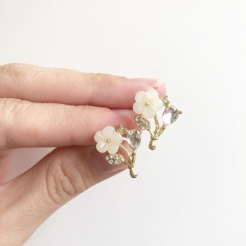 Garden Butterfly Opaline Ring O Roses Set - Diary of a Miniature Enthusiast