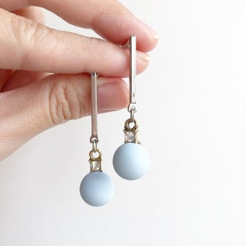 Ocean's Blue Earrings - Diary of a Miniature Enthusiast