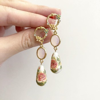 Classic Rose Garden Faceted Links Set - Diary of a Miniature Enthusiast