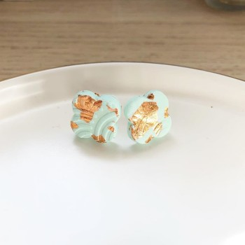 Day Chamomile Fields Quatrefoil Studs - Diary of a Miniature Enthusiast