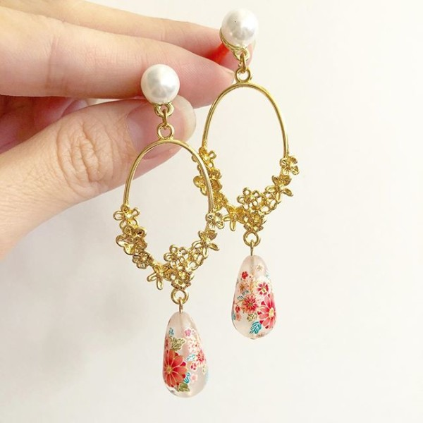 Frosted Sakura Blossoms Teardrop Floral Link Earrings - Diary of a Miniature Enthusiast