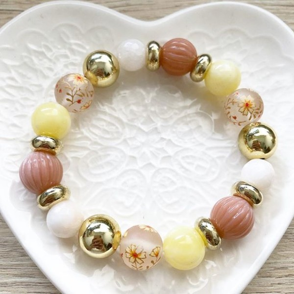 Gold Frosted Daffodils Bracelet - Diary of a Miniature Enthusiast