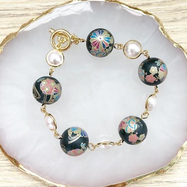 Black Kimono Pearl Bracelet - Diary of a Miniature Enthusiast