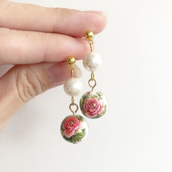 Classic Rose in White Swarovski Pearl Earrings - Diary of a Miniature Enthusiast