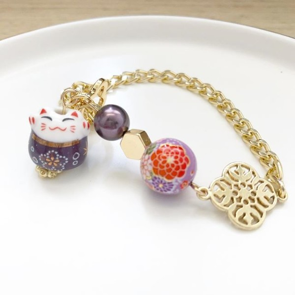 Purple Lucky Cat Tensha Charm Bracelet - Diary of a Miniature Enthusiast