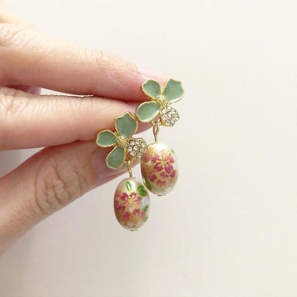 Classic Sakura Green Floral Earrings - Diary of a Miniature Enthusiast