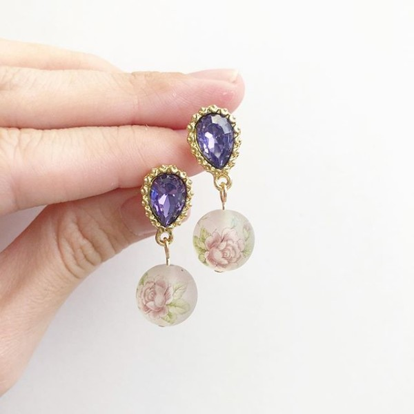 Frosted Pastel Lilac Earrings - Diary of a Miniature Enthusiast