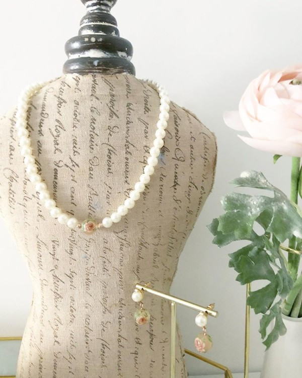 Pink and Pearls Floral Necklace - Diary of a Miniature Enthusiast